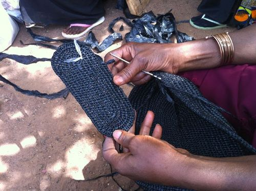 Main corbeille crochet