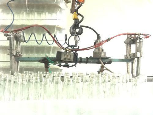 Robot porte-bouteilles