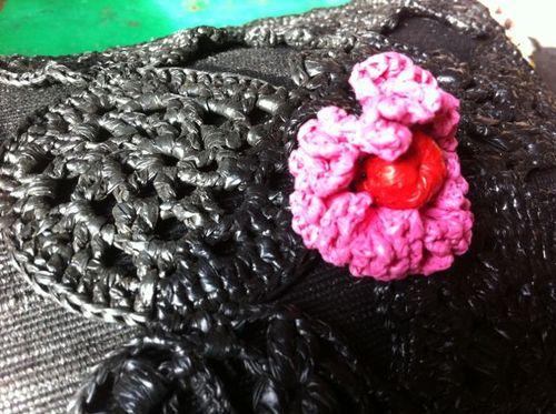 Bague rose coussin noir